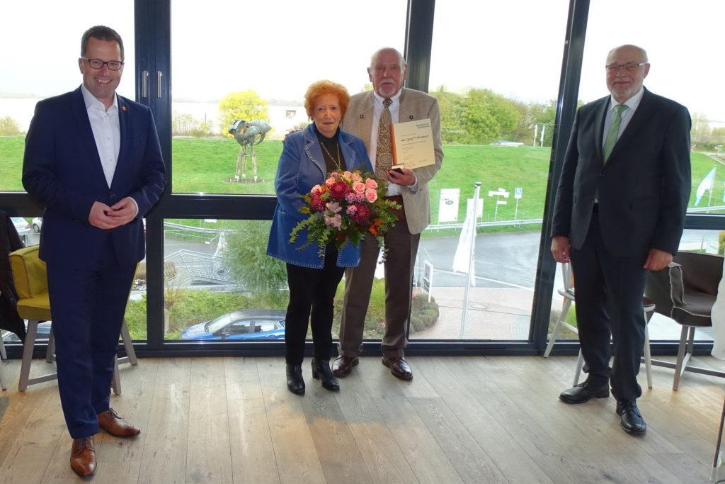 Hohe Auszeichnung für Georg F. Neubauer aus Stade